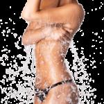 Bella ragazza con acqua limpida depurante sul corpo